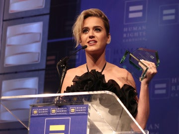 Katy Perry durante su discurso en la gala HRC National Equality Award