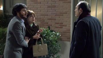 Jaime salva a Nuria de las manos de Yuste
