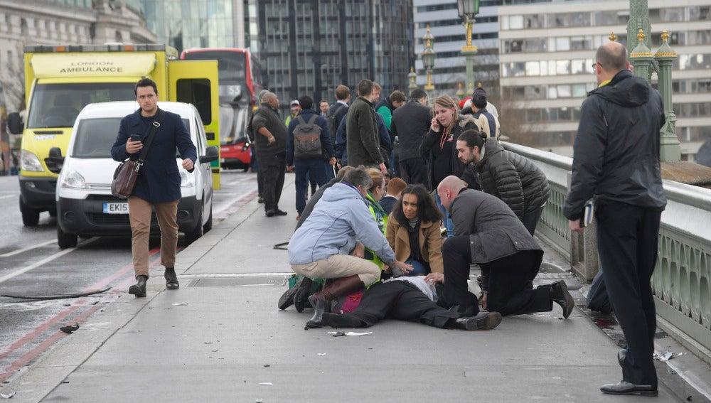 Ataque frente al Parlamento británico