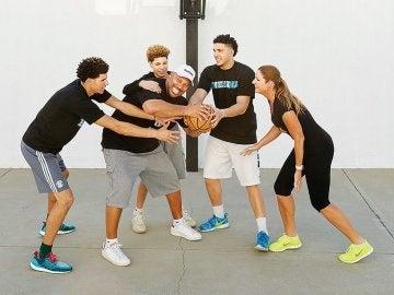 La familia Ball, obsesionada con el baloncesto
