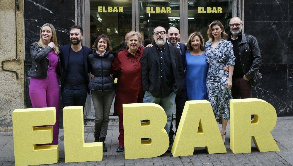 Equipo de la nueva película de Álex de la Iglesia, 'El Bar'