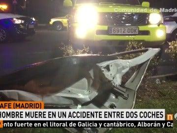 Frame 8.726666 de: Muere un hombre al chocar su taxi con otro vehículo en el sur de Getafe