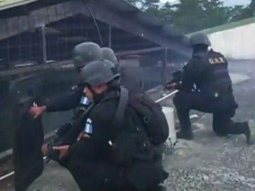 Frame 4.694702 de: Dos de los monitores de correccional de Guatemala murieron por disparos
