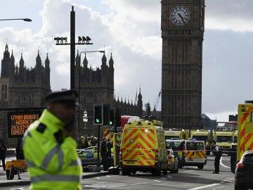 Las ambulancias en el lugar del ataque en Londres
