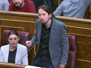 Frame 50.832749 de: Iglesias dice que al Gobierno 'se la bufa' el Congreso y Rajoy pide respeto