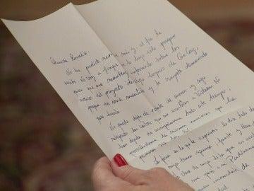 Rosalía recibirá una carta de Esteban