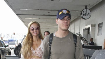 Paris Hilton y su novio, Chris Zylka, inseparables