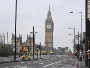 Vista general del Parlamento británico en Londres tras el ataque