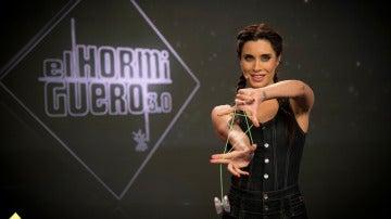 Pilar Rubio, de bailarina a acróbata, no hay reto que se le resista en 'El Hormiguero 3.0'