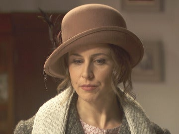 Adela se enfrenta a Garrigues sin temor