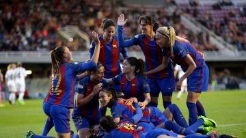 El Barcelona celebra su pase a semifinales de la Champions
