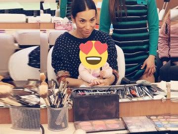 Los Gómez reciben el nuevo bebé de Manolita en el rodaje de 'Amar es para siempre'
