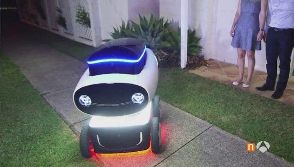 Robot reparte a domicilio