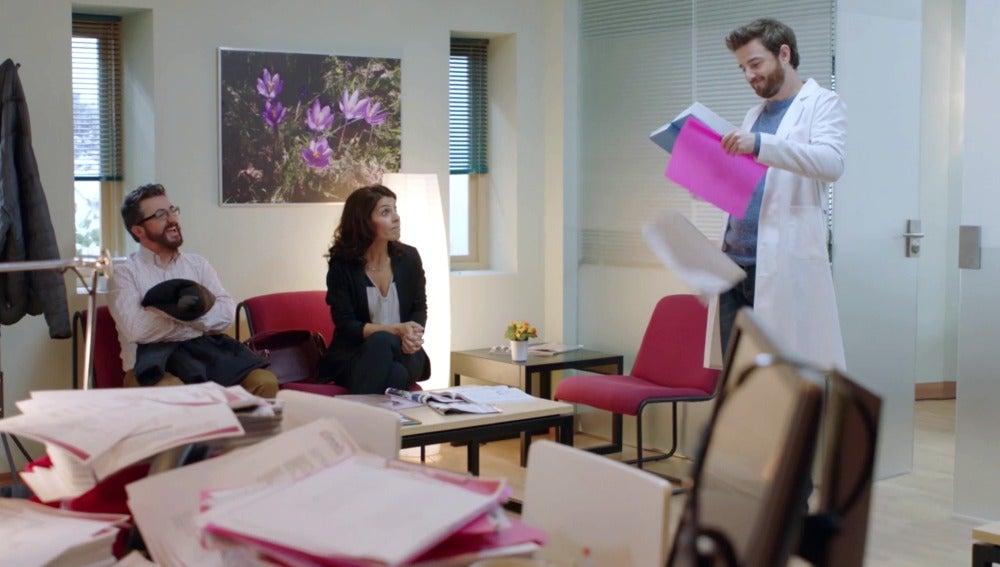 El divertido estreno de Gorka Otxoa en 'Allí Abajo'