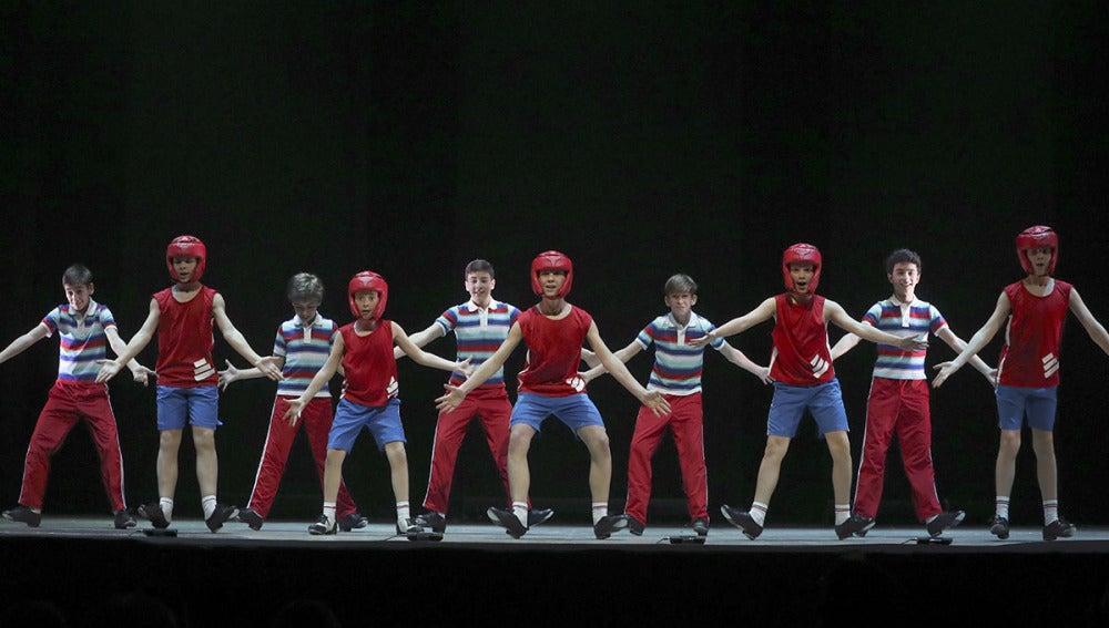 Un momento del ensayo del musical 'Billy Elliot'