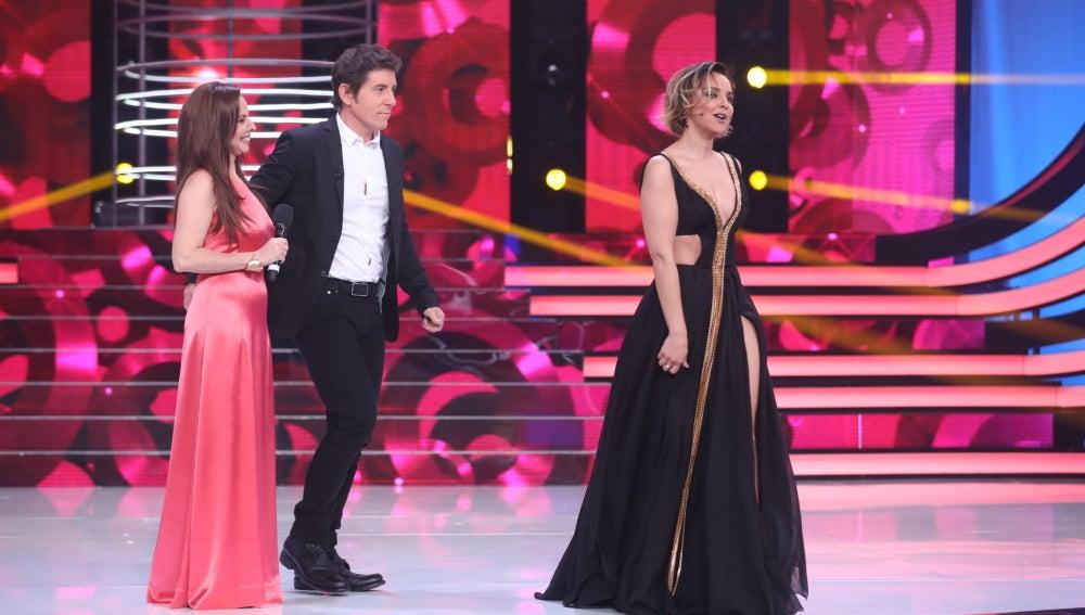 Chenoa canta 'Lía', de Ana Belén, tras la actuación de La Negra Mayté