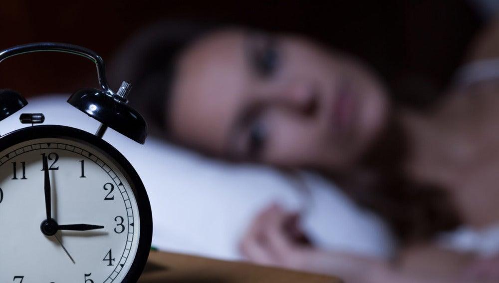 El insomnio aumenta el riesgo de sufrir un infarto