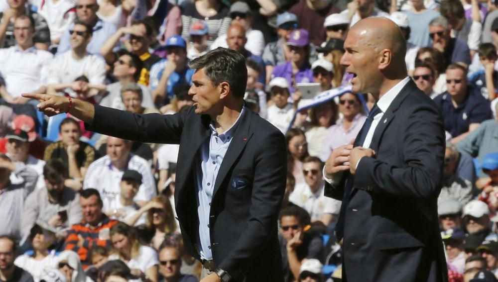 Zidane, junto a Pellegrino