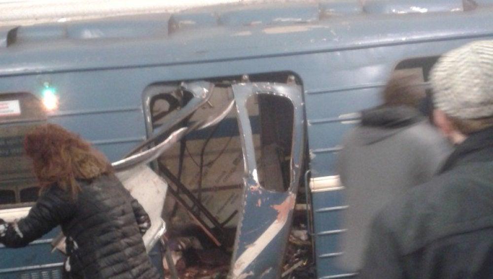 Una explosión en el metro de San Petersburgo deja numerosos heridos