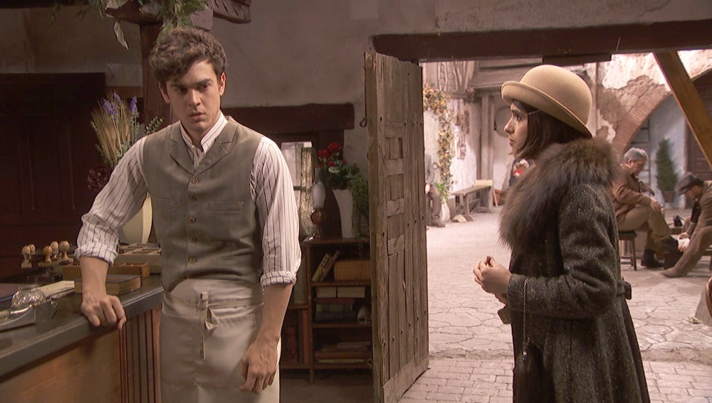 Beatriz, dispuesta a conocer que Matías será padre