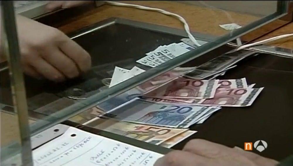 Frame 100.430476 de: El presupuesto que los españoles dedican a la Semana Santa crece