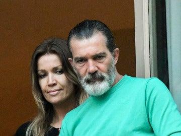 Antonio Banderas y Nicole Kimpell visitan Málaga, la tierra natal del actor