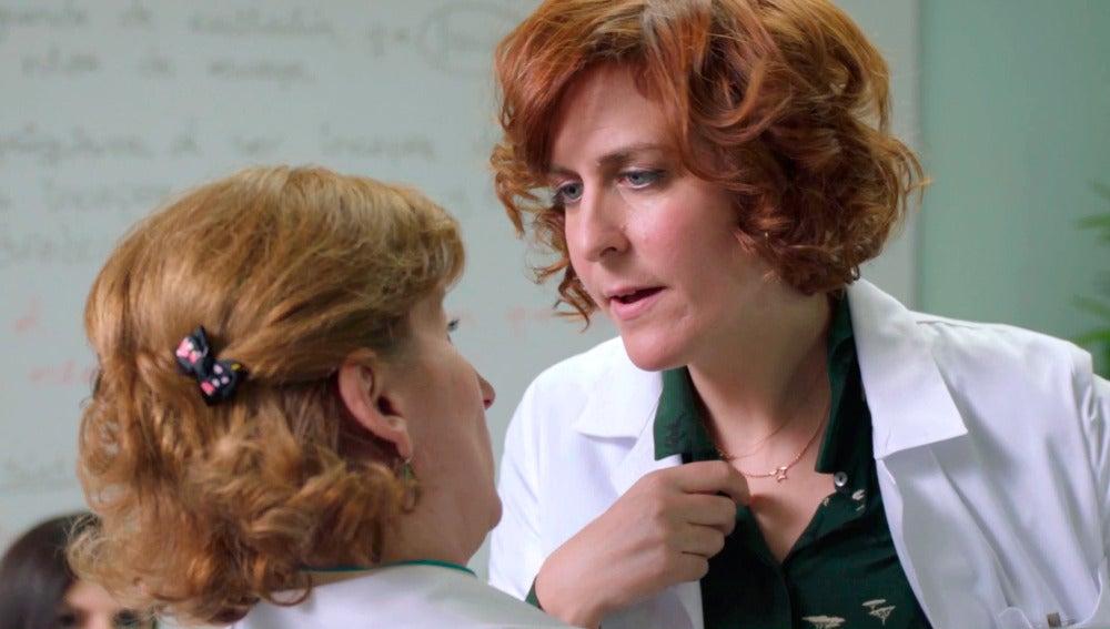 Dolores, descolocada por sus sentimientos hacia Celia