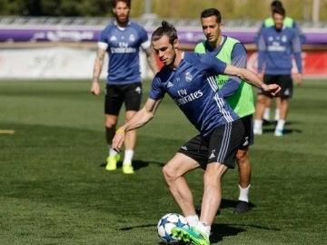 Gareth Bale, en el entrenamiento en Valdebebas