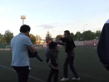 Pelea entre padres en un campo en Logroño