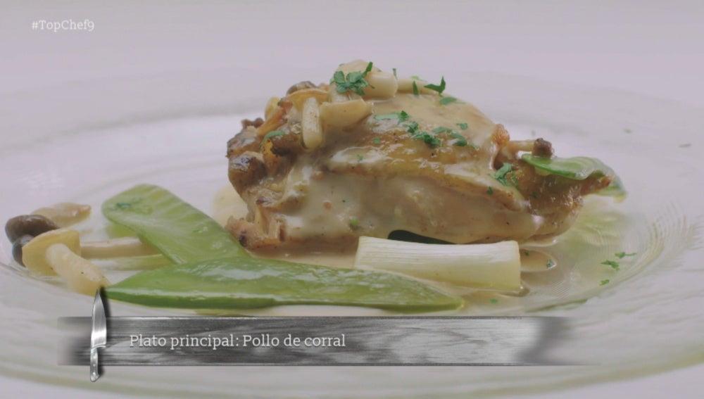 Pollo asado con tirabeques y su jugo acidulado