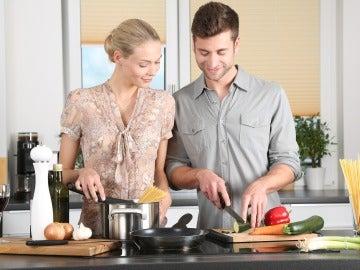 Realizar tareas domésticas es una buena opción para combatir la obesidad