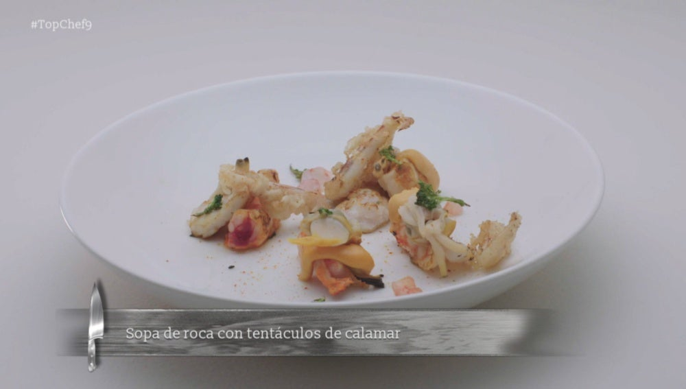 Sopa de roca con tentáculos de calamar