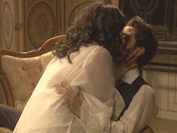 Lucía y Hernando, ¿una noche de pasión y lujuria?