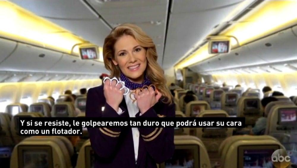 Frame 22.583605 de: Las redes se burlan de United Airlines