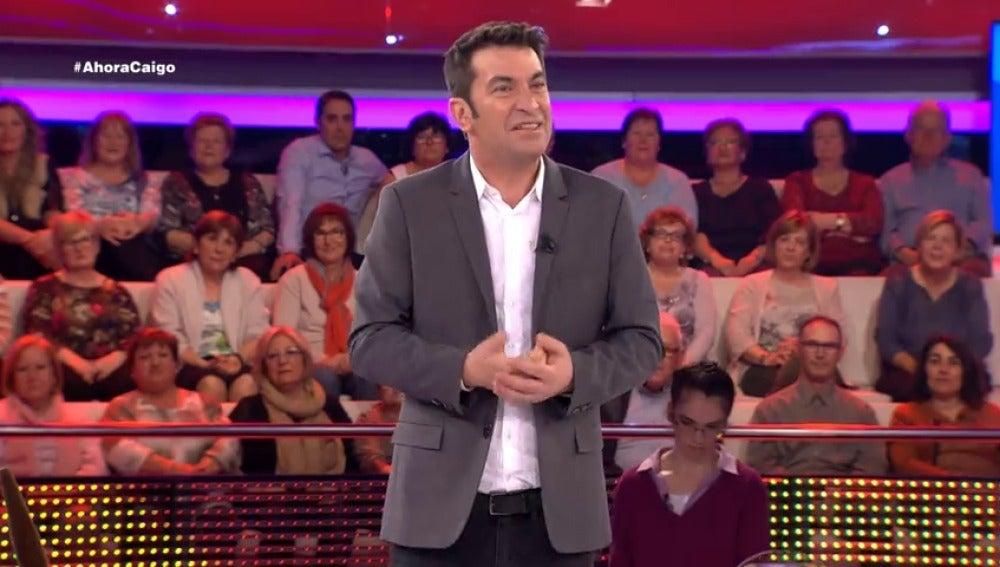 """Frame 8.256019 de: Arturo Valls: """"¿Sabes qué es lo que más me enamoró de ti?"""""""