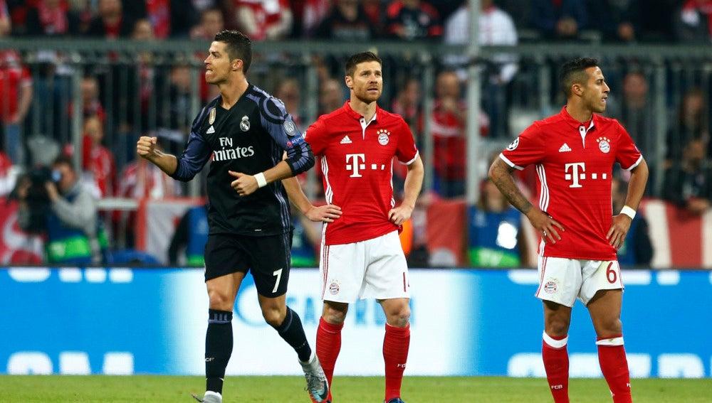 Cristiano Ronaldo celebra su gol al Bayern de Múnich