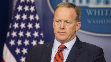 Sean Spicer ante los medios