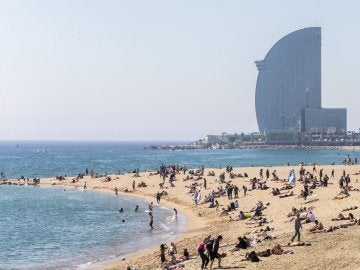 La playa de la Mar Bella, en Barcelona