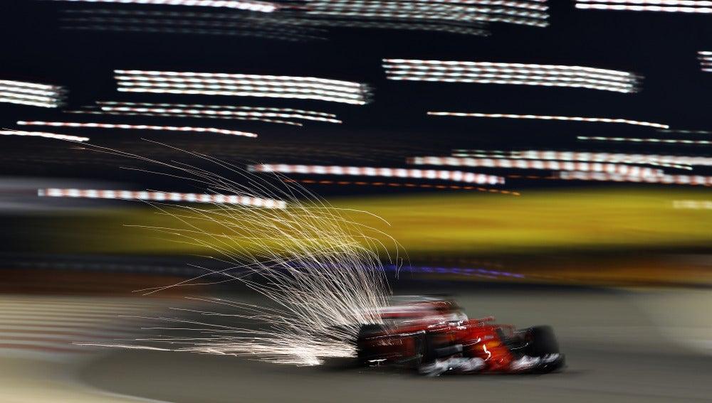 Sebastian Vettel, durante los Libres 2 del GP de Baréin