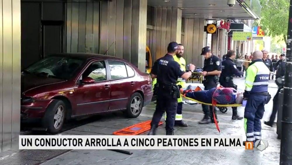 Un conductor novel atropella a cinco personas en Palma