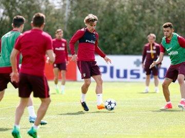Griezmann, en el entrenamiento del Atleti