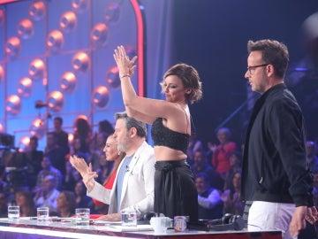 Paula Domínguez pone en pie al jurado de 'Tu cara no me suena todavía' con su actuación como The Cramberries