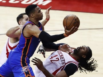 Westbrook, ante los Rockets