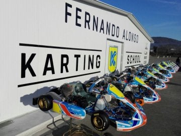 Karts en la pista Fernando Alonso