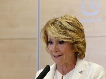 Esperanza Aguirre anuncia su dimisión