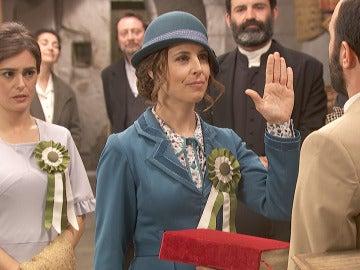 Gracia y Adela juran su lealtad a Puente Viejo