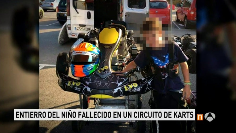 Frame 20.20238 de: Villarcayo, consternado por la muerte de un niño en un accidente de karts en el circuito Fernando Alonso