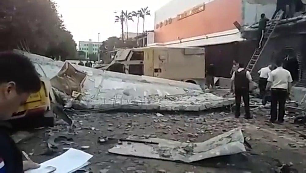 Frame 20.276126 de: Impresionante atraco con explosivos a una sede de la empresa española Prosegur en Paraguay