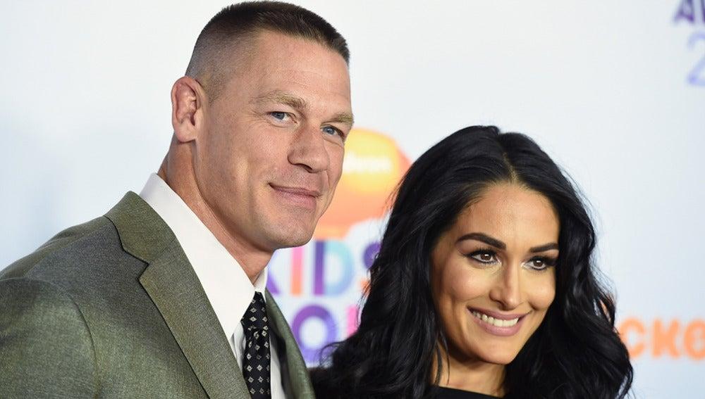 Los luchadores de WWE John Cena y Nikki Bella