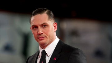 El actor Tom Hardy en una premiere